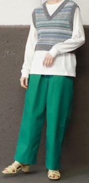 【ニコアンド】楽に着られる多機能パンツ